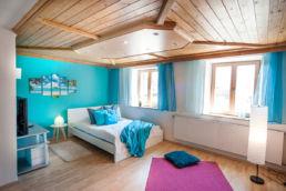 Schlafzimmer im Blau Home Staging