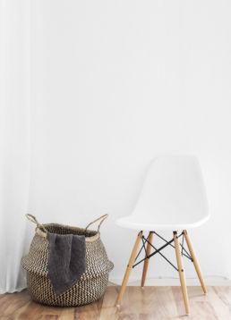 Korb und Stuhl